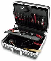 Набор инструмента CIMCO BASIC BLACK для электриков в пластиковом чемодане
